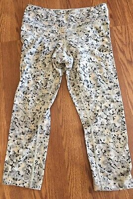 186d3499bb LuluLemon 6 Wunder Under Crop Leggings Not So Petite Fleur Silver Spoon  Pattern