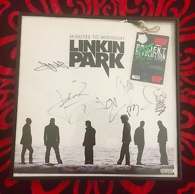 Linkin Park autograph - hand signed by all 6 bands members - Chester Bennington