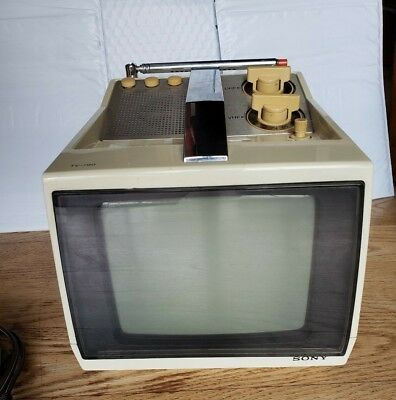 "Vintage ~ Sony TV-790 Television ~  AC/DC 7"" Transistor TV  ~  working"
