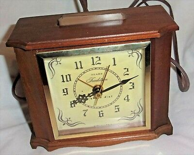 Vintage Sears Traditional Electric Alarm Clock Wood Case Model 34-276 WORKS and