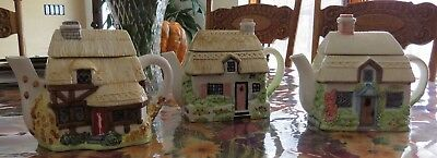 Collectible Lovely Thatched Cottage Teapot Set Of Three - Excellent Condition
