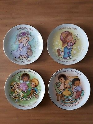 Avon Mothers Day Plates 1981 To 1984 Set Of 4 Collectible Vintage Made In Japan