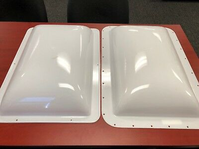 """RV Skylight  White Outer & Inner  14"""" X 22"""" Opening.  18"""" x 26"""" outer flange"""