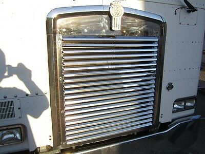 Kenworth Cabover K100E Stainless Steel Louvered Grille Insert K-2041