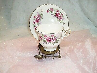 "Beautiful, ""QUEEN ANNE, BONE CHINA TEA CUP AND SAUCER SET"", Made in England,Rose"