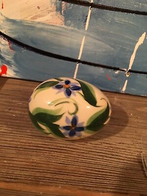 "Gail Pittman Pottery Hand-Painted Signed '03 Easter Egg 3"" Egg"