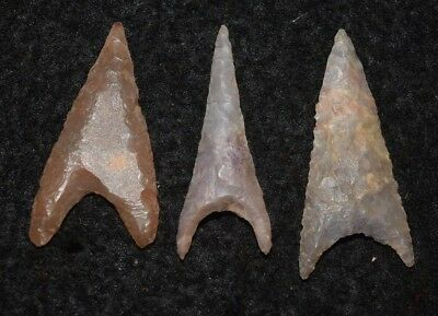 Trio of nice Sahara Neolithic triangular points
