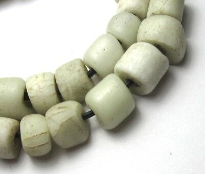 27 Rare Small Amazing Old Graduated White Venetian N.american Antique Trade Bead