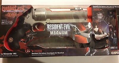 RESIDENT EVIL DARKSIDE CHRONICLES Magnum+UMBRELLA CHRONICLES Knife Wii occasion