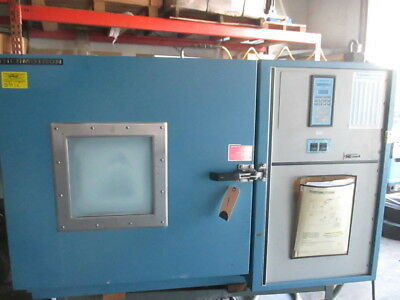 Thermotron S5.5C Bench Top Environmental Temperature Test Chamber 5.5CF