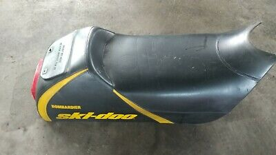 99 00 01 02 03 Skidoo MXZ Summit Formula ZX 700 Black Yellow Seat Assembly