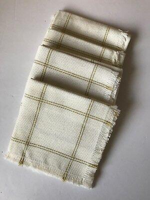 Charles Craft/ 4-Counted Cross Stitch Basketliners With Metallic Gold Thread