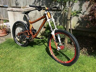 TURNER DHR LARGE 2016 Frame, Downhill Mountain Bike, World Cup Forks, New  Parts