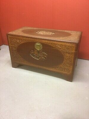 Antique Chinese Carved Camphor Wood Trunk / Chest Sn-202a