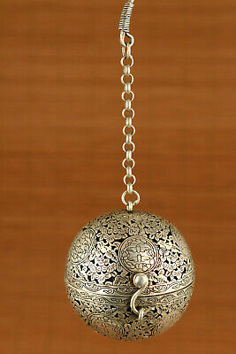 Rare china copper silver handmade bird Fragrance box Collection pendant netsuke