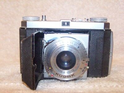 KODAK RETINETTE VINTAGE CLASSIC FOLDING 35MM CAMERA, C.EARLY 1950s