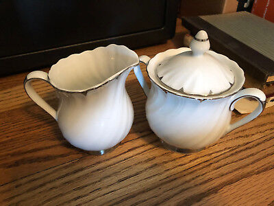 Heirloom by Harmony House China 3512 Creamer & Sugar Set, great condition