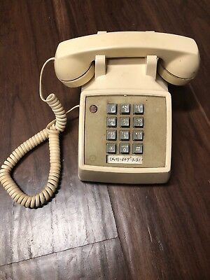 Phone Vintage Retro AT&T Cream Push Button Desk CS2500DMGH 80s 90s landline