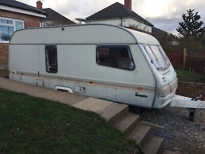 Avondale 4 Berth Touring Caravan with Side Dinette ready to go!