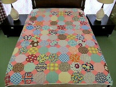 Needs TLC: Vintage Feed Sack & 50's Cotton Hand Pieced & Quilted OCTAGON Quilt