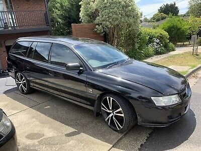 WRECKING HOLDEN COMMODORE vz station wagon (Buy It Now Is For 1 Wheel Nut  Only)