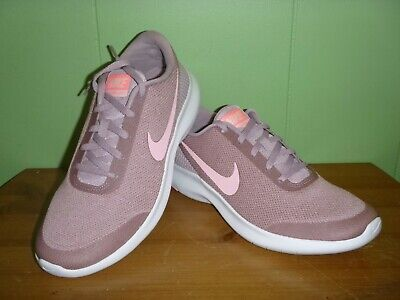 afd6d339f47a7 NIKE FLEX EXPERIENCE Youth Sneakers Pink Black 5.5 -  25.00