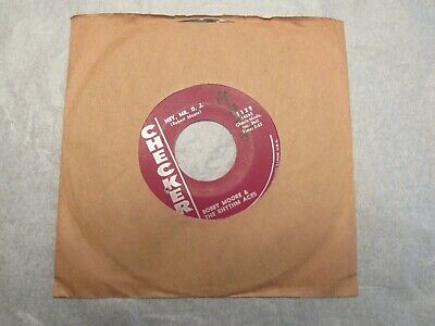 """Bobby Moore The Rhythm Aces Searchin' For My Baby / Hey Mr D.J. 45 rpm 7"""""""