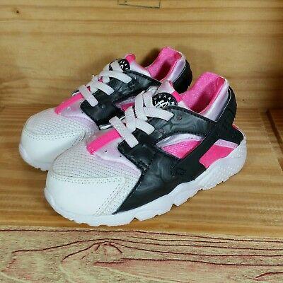 brand new 4997e abaf0 Nike Air Huarache (Toddler Girl s Size 8C) Athletic Sneakers White Black  Pink