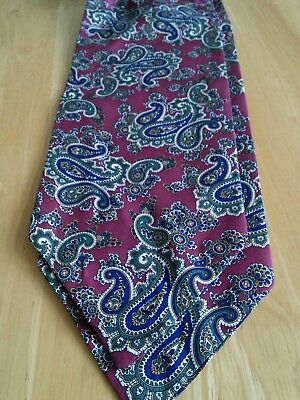 Vintage Mens Cravat, Paisley Design, New.