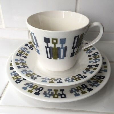 Retro 1960s/70s Royal Vale Bone China Trio Tea Cup, Saucer and Side Plate