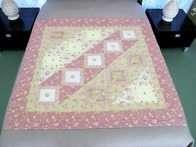 BARELY USED Vintage Machine Pieced & Quilted JOSEPH'S LADDER Variation Quilt