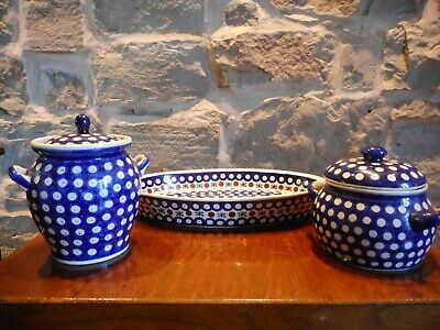 Collection Of Polish Boleslawieg Pottery - Large Serving Dish & 2 Lidded Pots