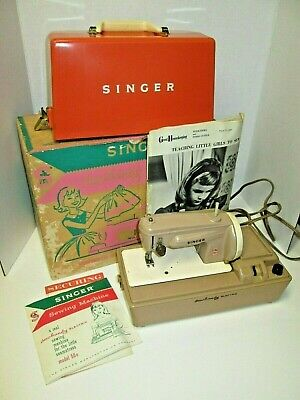 Vintage Singer Sew Handy 50 D Childs Electric Sewing Machine For Parts or Repair