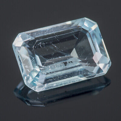 0.62ct Blue Topaz. An Emerald cut gem with a light sky blue hue NR £0.99 auction