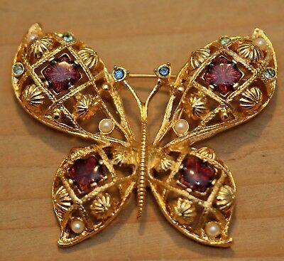 Estate Vintage Signed Avon Gold Tone W Rhinestones Butterfly Pin Or Brooch Nice