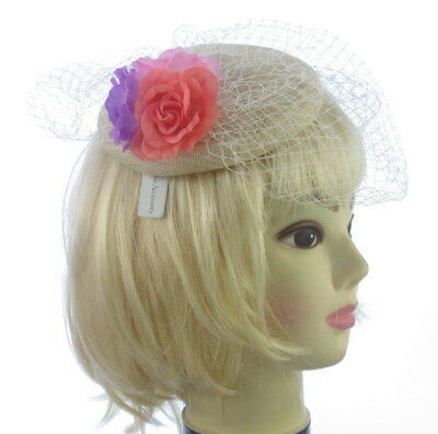 Cream FASCINATOR HATINATOR hat flowers CLIP WEDDING RACES HAIR 5523 vintage