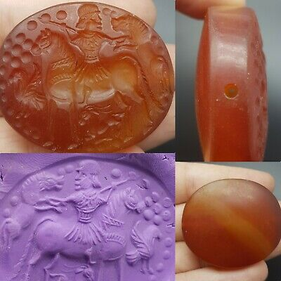 Ancient Agate with emperor on horse hunting wonderful intaglio