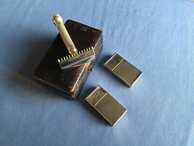 A Collection Of VINTAGE UNMATCHED GILLETTE PIECES