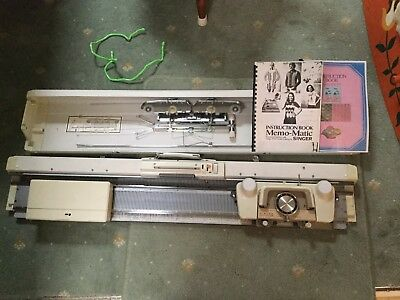 Singer 329 Knitting Machine