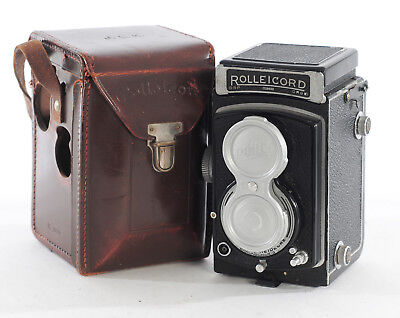 Rolleicord III - Model K3B & Zeiss Triotar 75mm f/3.5 RED T Lens (4231R)
