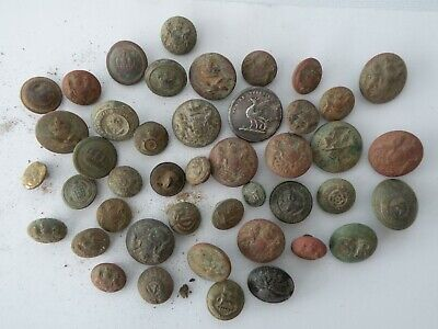 Metal Detecting Finds...Buttons/Military buttons