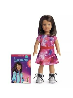 New AMERICAN GIRL GOTY 2018 Luciana Vega Mini Doll & Book NIB
