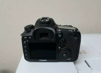 Canon EOS 7D Mark II 20.2MP Digital SLR Camera - Black (Body Only)MINT CONDITION