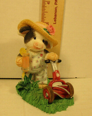 Mary's Moo Moos  June Girl With Lawn Mower  Figurine  257516