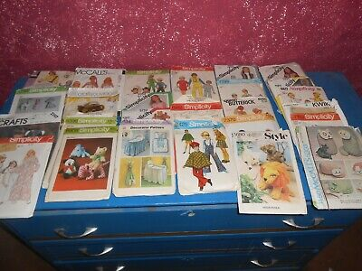 Lot of 24 Vintage Sewing Patterns simplicty  McCall's Hollywood Fashion