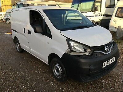 2013 Nissan Nv200 White Salvage Damaged Repair Cat