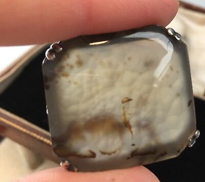 Vintage Art Deco Jewellery Beautiful Silver and lace agate brooch