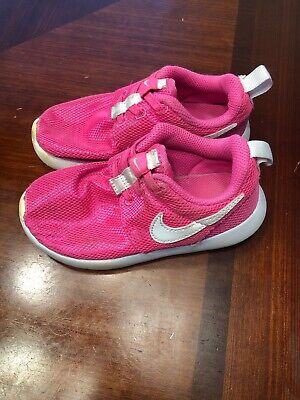 pretty nice 68e5b b89a6 GUC Nike Roshe One Toddler Girls Sneakers Bright Pink Size 10C 749425-611