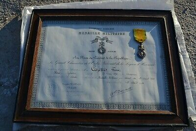 medaille et diplome