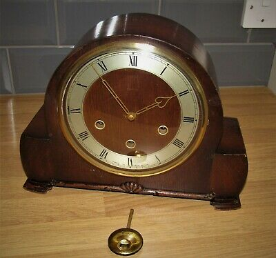 Nice 1940's Smiths Westminster Chiming Mantle Clock.